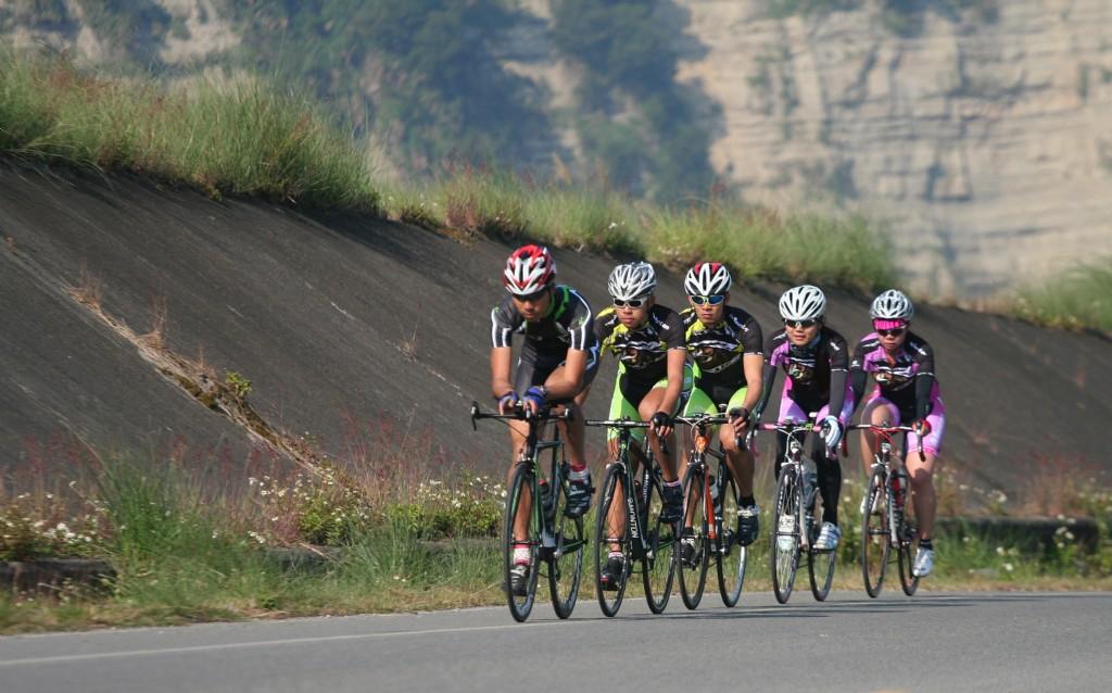 骑行车队,职业骑手