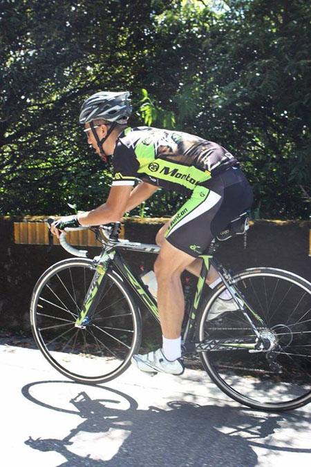 monton车队,自行车运动,骑行服