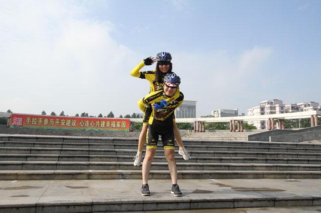 脉腾车队,老虎衣,monton骑行服,番禺广场