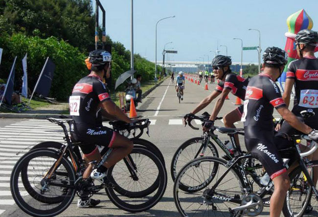 monton车队,红日骑行服,连体骑行服,背带骑行裤
