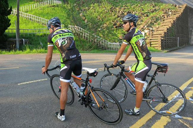 monton车队,路虎骑行服,老虎衣,骑行技巧,自行车运动