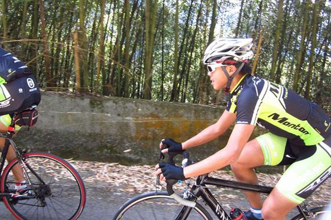 monton车队,路虎骑行服,老虎衣,爬坡技巧,自行车运动,骑行