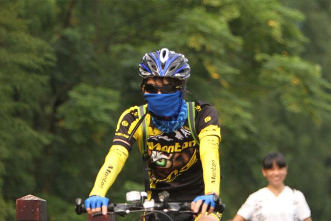 脉腾车队,monton,路虎骑行服,老虎衣,骑行装备,自行车运动,骑行活动