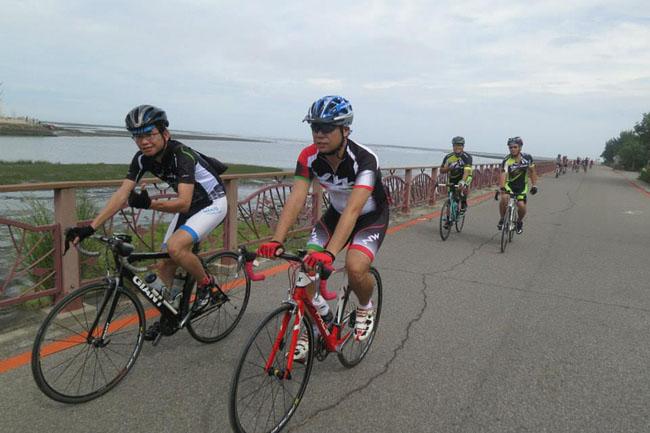 monton车队,路虎骑行服,老虎衣,骑行面料,自行车服饰