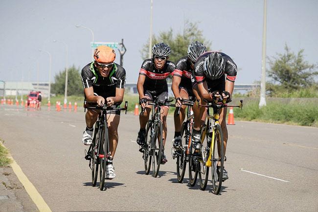 monton车队,路虎骑行服,老虎衣,骑行技巧,自行车活动