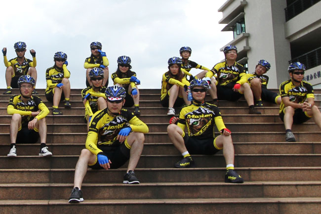 monton,自行车车队,骑行装备,路虎骑行服,老虎衣,户外运动