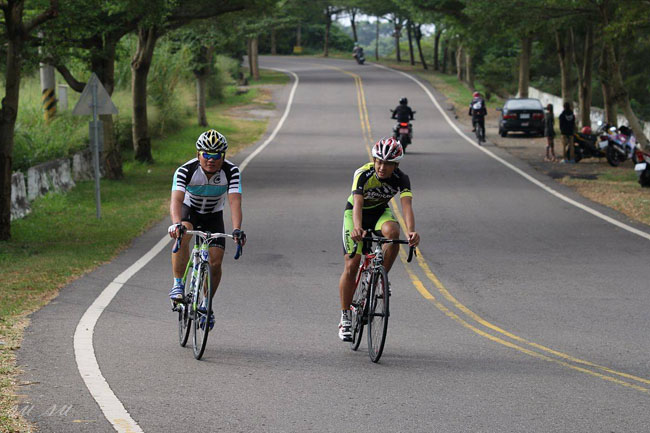 monton车队,路虎骑行服,老虎衣,自行车运动,骑行技巧
