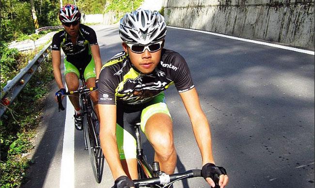 骑行装备,骑行护垫,monton车队,自行车运动,户外训练