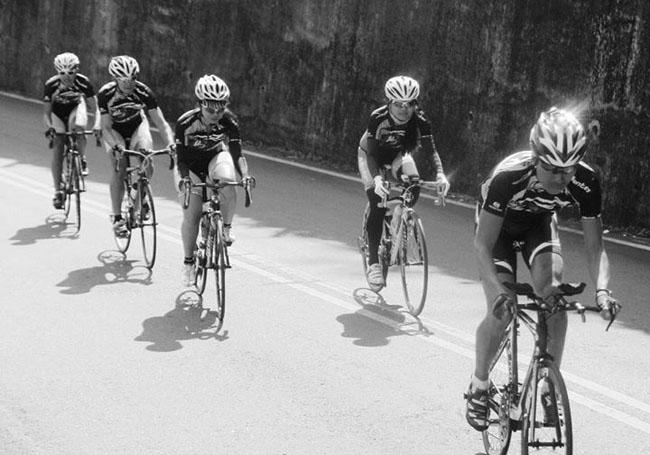自行车保养,户外运动,骑行活动,monton,路虎骑行服,自行车车队