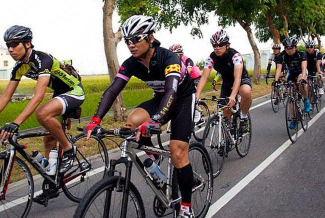 monton,原创骑行服,自行车服饰,骑行,户外运动服,自行车车队