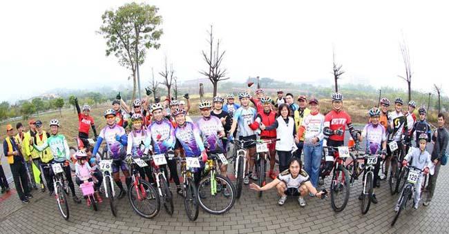 monton,南宝树脂车队,2013MTB XC越野巡回赛,自行车比赛,户外运动,骑行运动