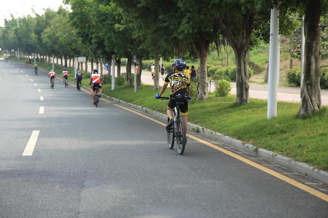 体验慢生活,骑行运动