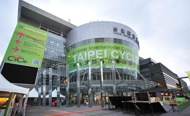 台北自行车展,monton骑行服